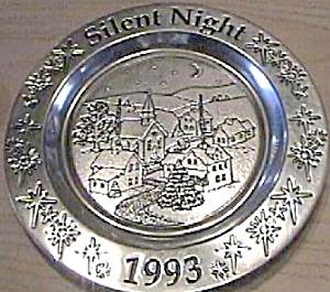 1993 Wilton Armetale Christmas Carol Silent Night #2051143 Village Church Moon Stars (Image1)