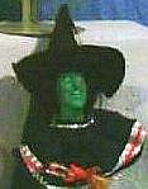 PRESENTS Wizard Oz WICKED WITCH Holiday Ornament Vinyl Cloth1989 WOZ 50th Anniversary (Image1)