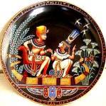 Click to view larger image of 1991 EGYPT LEGEND OF TUTANKHAMAN & HIS PRINCESS #1 OSIRIS PORCELAIN BRADFORD Tut (Image1)