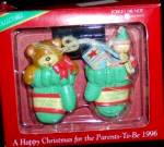 A HAPPY CHRISTMAS For The PARENTS-TO-BE 1996 FXOR-012T Teddy Bear Toys Green Mittens