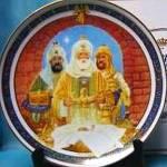 Click to view larger image of 1989 Royal Windsor We Three Kings U.S. Historical Society Christmas Carol Plate Magi (Image1)