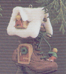Click here to enlarge image and see more about item HM19: SCULPTED1985-QX490-5 CHILDREN IN THE SHOE