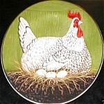 Click to view larger image of WARREN KIMBLE HENNY & PENNY GREEN Sakura Casual Dining Oneida Stoneware Salad Hen Egg (Image1)