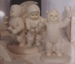 Click here to enlarge image and see more about item SNOWB4: Snowbaby D56 Let's All Chime In#68454 handbel