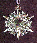 Click here to enlarge image and see more about item SWARO101: Swarovski Crystal 2002 Annual Snowflake Christmas Ornament Stella di Natale Weihnacht