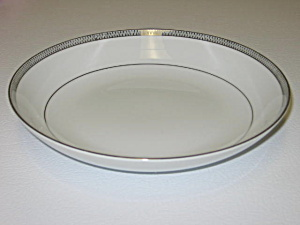 Mikasa China Barclay 8258 Waldorf Shape Soup Bowl (Image1)