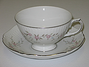 Mikasa Fine China Blossoms Pink 8340 Cup & Saucer Set