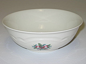 Pfaltzgraff Red Ribbons Christmas Soup Cereal Bowl