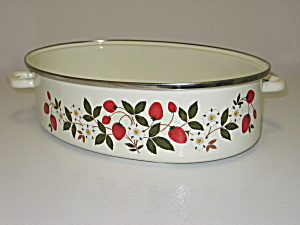 Sheffield Strawberries N Cream Oval Roaster Pan (Image1)