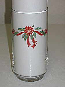 Tienshan Fairfield Poinsettia & Ribbons Glass Tumbler (Image1)