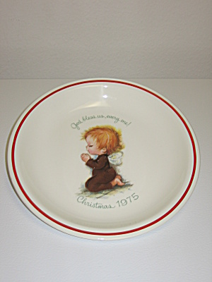 Little Folks Rust Craft Christmas 1975 Collector Plate (Image1)