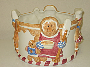 Houston Harvest Christmas Gingerbread Embossed Bowl (Image1)