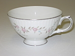 Click here to enlarge image and see more about item CDMBP07: Mikasa Fine China Blossoms Pink 8340 Footed Cup