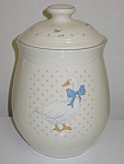 Click here to enlarge image and see more about item CDTAR01: Tienshan Aunt Rhody Geese Stoneware Sugar Canister &Lid