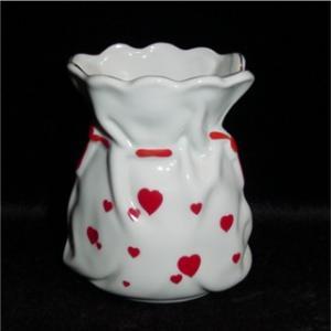 Lefton China Heart Bud Vase (Image1)