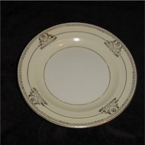 Crown Potteries Salad Plate (Image1)