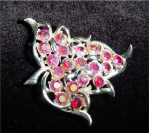 Sarah Coventry Silvertone Brooch (Image1)