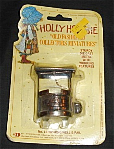Holly Hobbie Diecast Miniature Wishing Well (Image1)