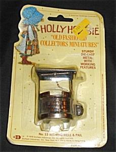 Holly Hobbie Diecast Miniature Wishing Well (Image1)