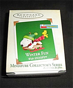 2005 Winter Fun With Snoopy Hallmark Ornament (Image1)
