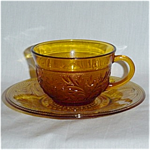 Anchor Hocking Sandwich Cup and Saucer (Image1)