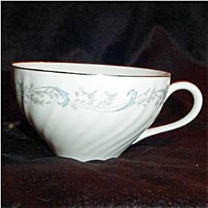 Camelot China Gracious Cup (Image1)