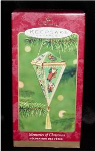 Memories of Christmas Hallmark Ornament (Image1)