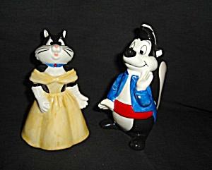 Warner Bros. Pepe and Penelope Salt & Pepper (Image1)