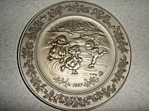 Hallmark  Little Gallery Pewter Plate (Image1)