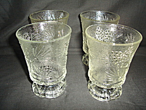 Tiara Set of 4 Glasses (Image1)