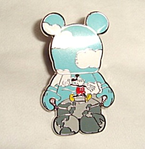 Disney Mickey Crossroads of the World Pin (Image1)