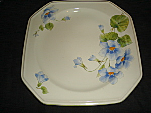 Mikasa Blue Bell Bread and Butter Plate (Image1)