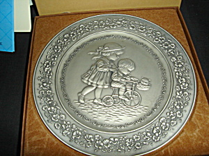 Hallmark Little Gallery 1983 Plate (Image1)