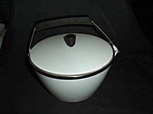Corning Ware Teapot  (Image1)
