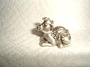 Hudson Pewter Camel Nativity Figurine (Image1)
