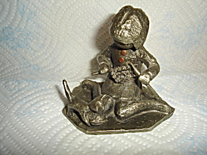 Hudson Pewter Walli Figurine