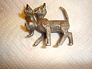 Schmid Pewter Cat Carrying Kitten