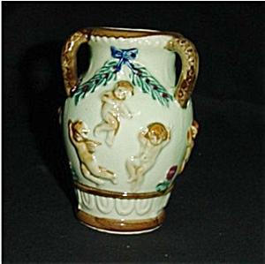 Japan Nude Cherub Vase (Image1)
