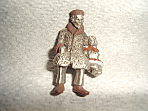 Hudson Villagers Figurine