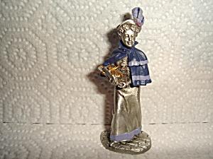 Hudson Villager Pewter Figurine (Image1)