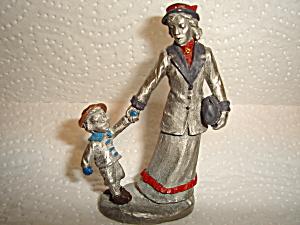 Hudson Villagers Figurine (Image1)