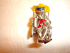 Hudson Pewter Dog Figurine (Image1)