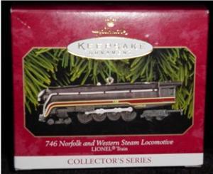 Lionel Train Hallmark Ornament (Image1)