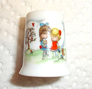 Hallmark Little Gallery Thimble (Image1)