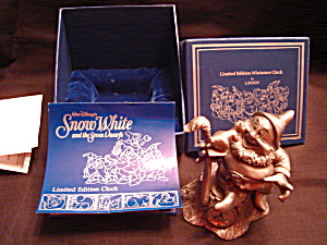 Snow White and the Seven Dwarfs Pewter Clock (Image1)
