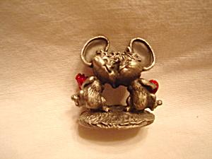 Hallmark Hudson Cheddar Mice  (Image1)