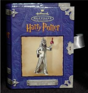 Harry Potter Hallmark Ornament (Image1)