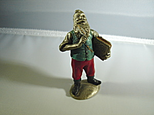Hudson Pewter Villager Santa (Image1)