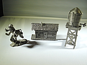 Boyd Perry Three Piece Pewter Set (Image1)