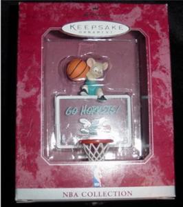 Hornets NBA Hallmark Ornament (Image1)